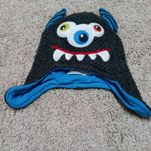 Size 2-4 Years Children's Place Monster Hat