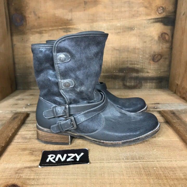 GH Bass & Co Fleece Lined Buckle Boots