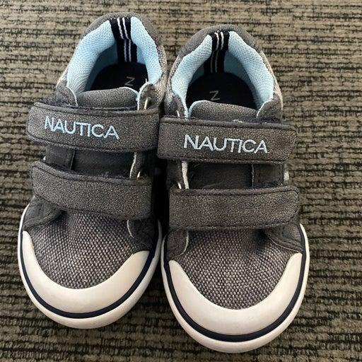 nautica hull toddler shoe size 5
