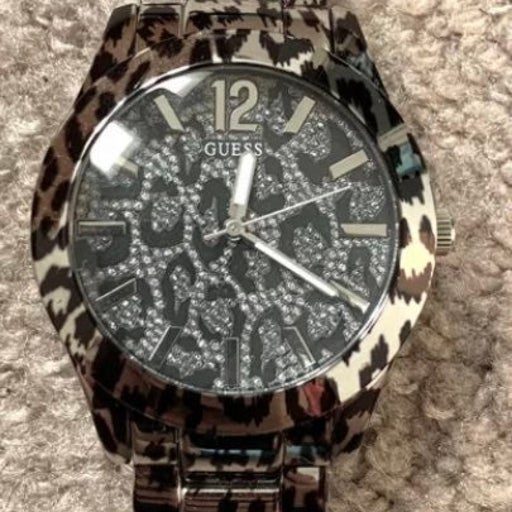 VGUC Guess leopard cheetah print watch Will be shipped with brand new battery in