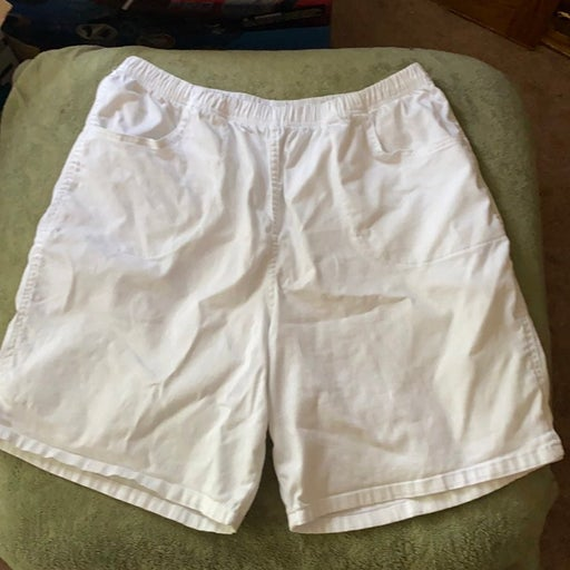 Croft & Barriw White Syretch Shorts 2X
