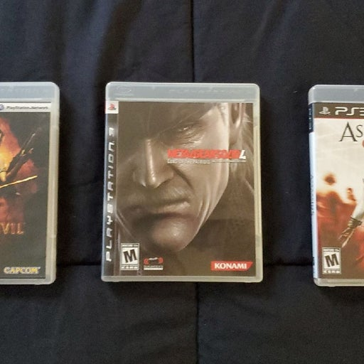 Resident Evil 5, MGS4 & AC2 (PS3)