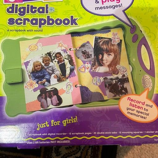 GIRL FIT DIGITAL SCRAP BOOK