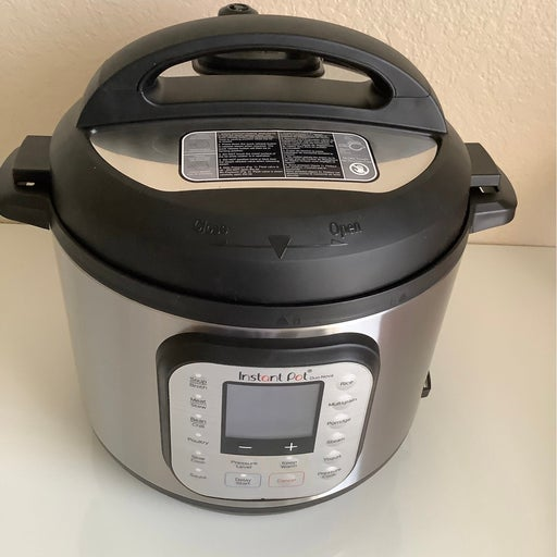 Instant Pot - Duo Nova 6-Quart 7-in-1, One-Touch Multi-Cooker - Silver New