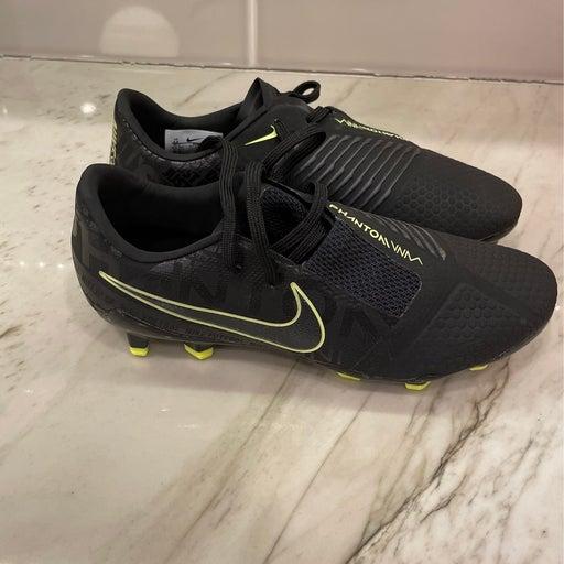 Nike Phantom Venom Pro FG size 4.5