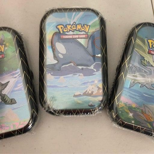Pokémon Shining Fates Mini Tins x3