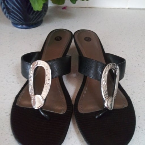 Wms Size 10 Sandals