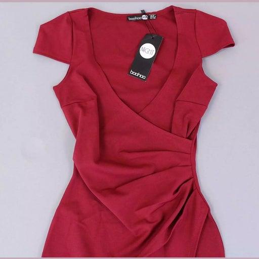 NWT BooHoo Meg Berry Dress Sz US 4 UK 8