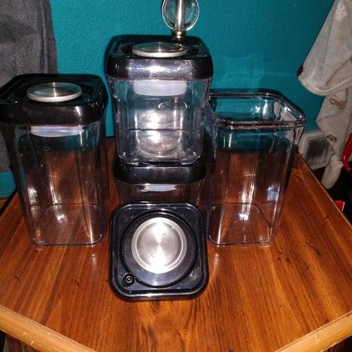 Cuisinart Vacuum Seal Containers