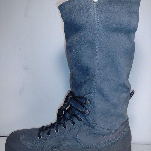 Nike Women's Storm Warrior Boots 8.5