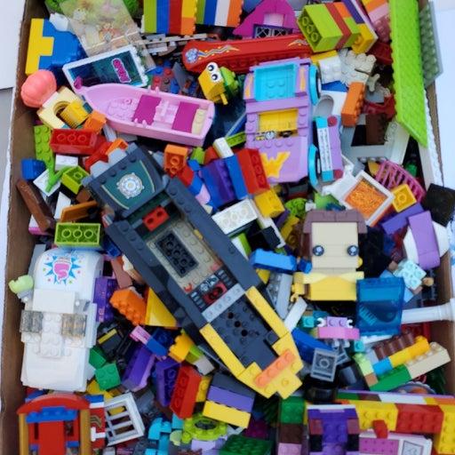 bulk legos over 4 1/2 pounds Lego