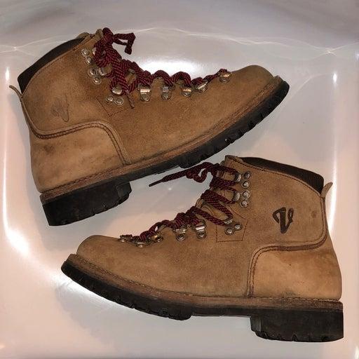 Vintage Vasque Suede Hiking/Trail Boots