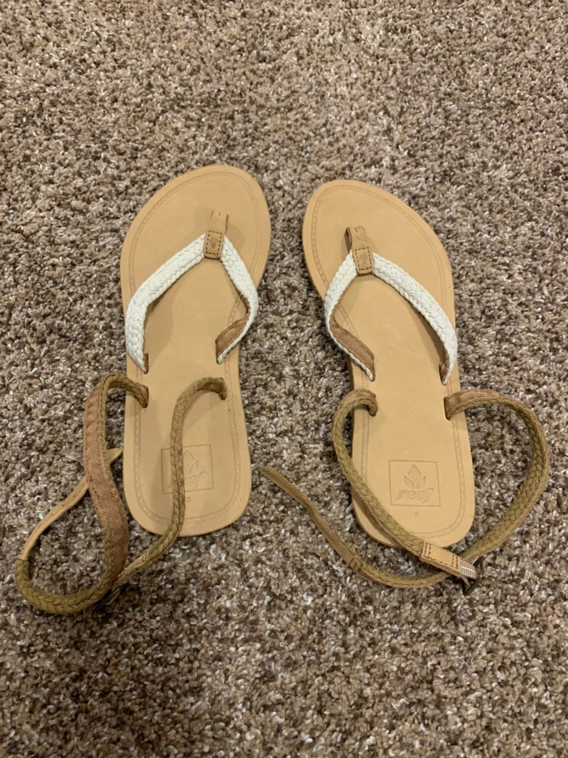 NEW REEF WRAP SANDALS SIZE 8