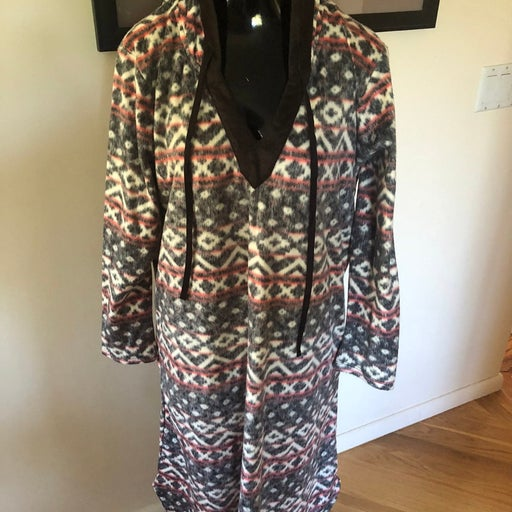 NWT Anne Klein Southwest Hooded Robe SZ L