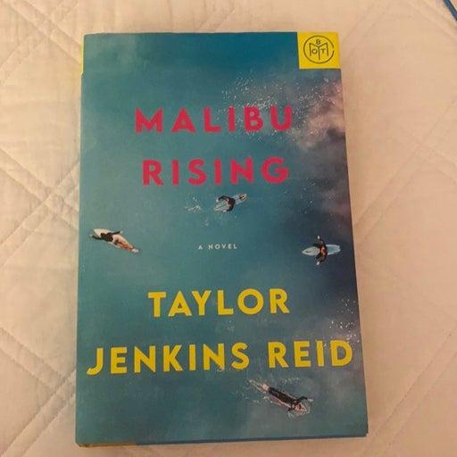 Malibu Rising by Taylor Jenkins
