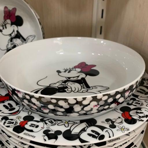 2 pc Minnie Mouse large bowls !