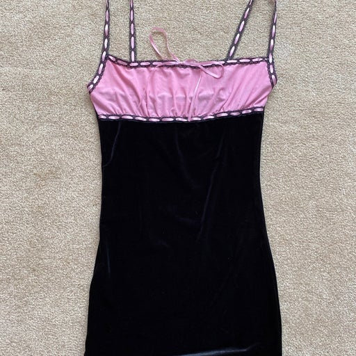 Black and pink bodcon dress