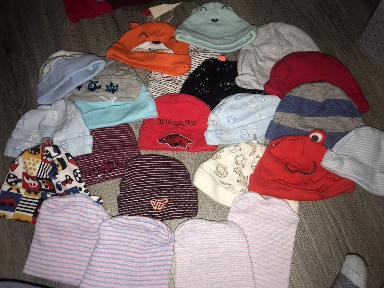 23 NEWBORN - 3 MONTH BABY HATS!