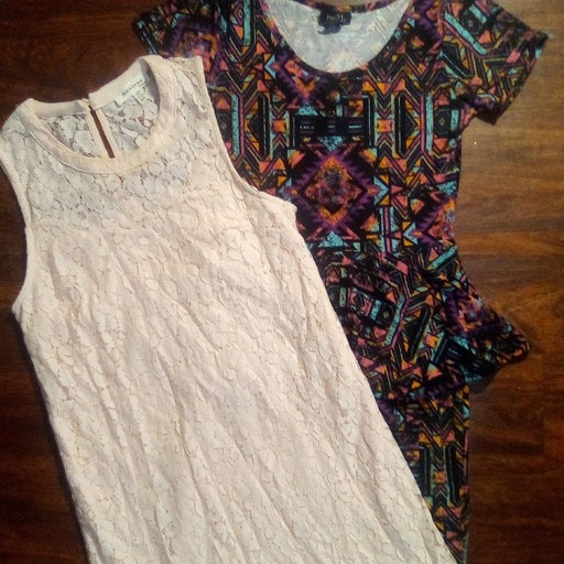 Lot of two women's dresses