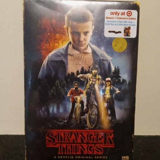 NEW Stranger Things Season 1 Blu-ray