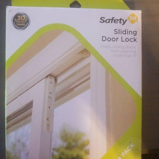 Safety 1st sliding door lock
