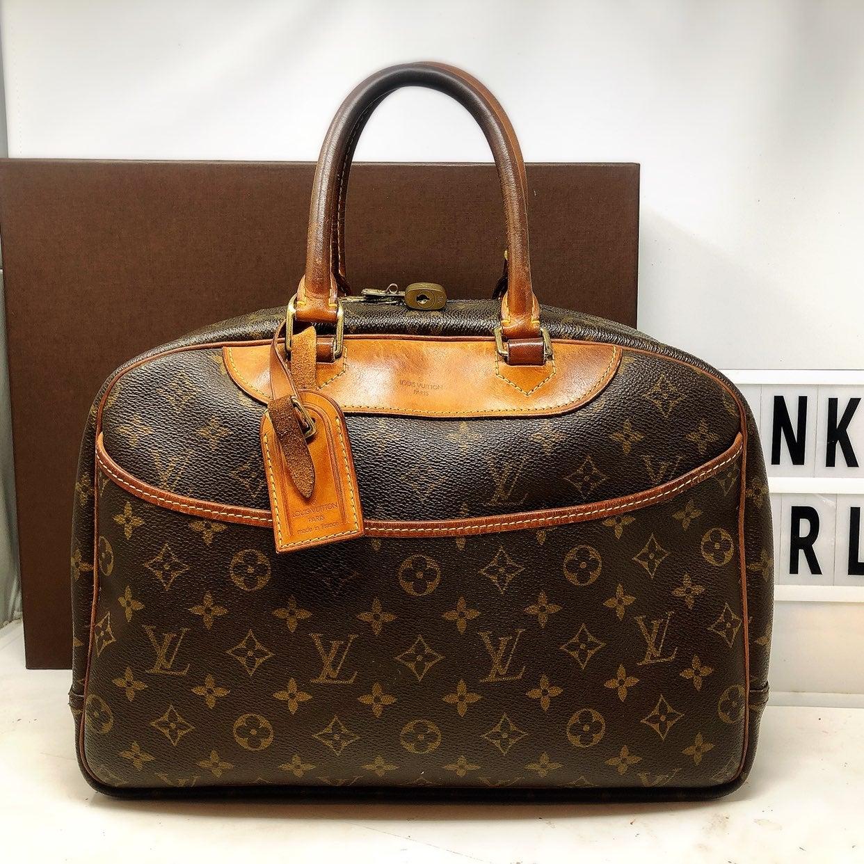 Louis Vuitton Deauville Monogram Bag