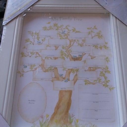 New. Family tree keepsake wall plaque