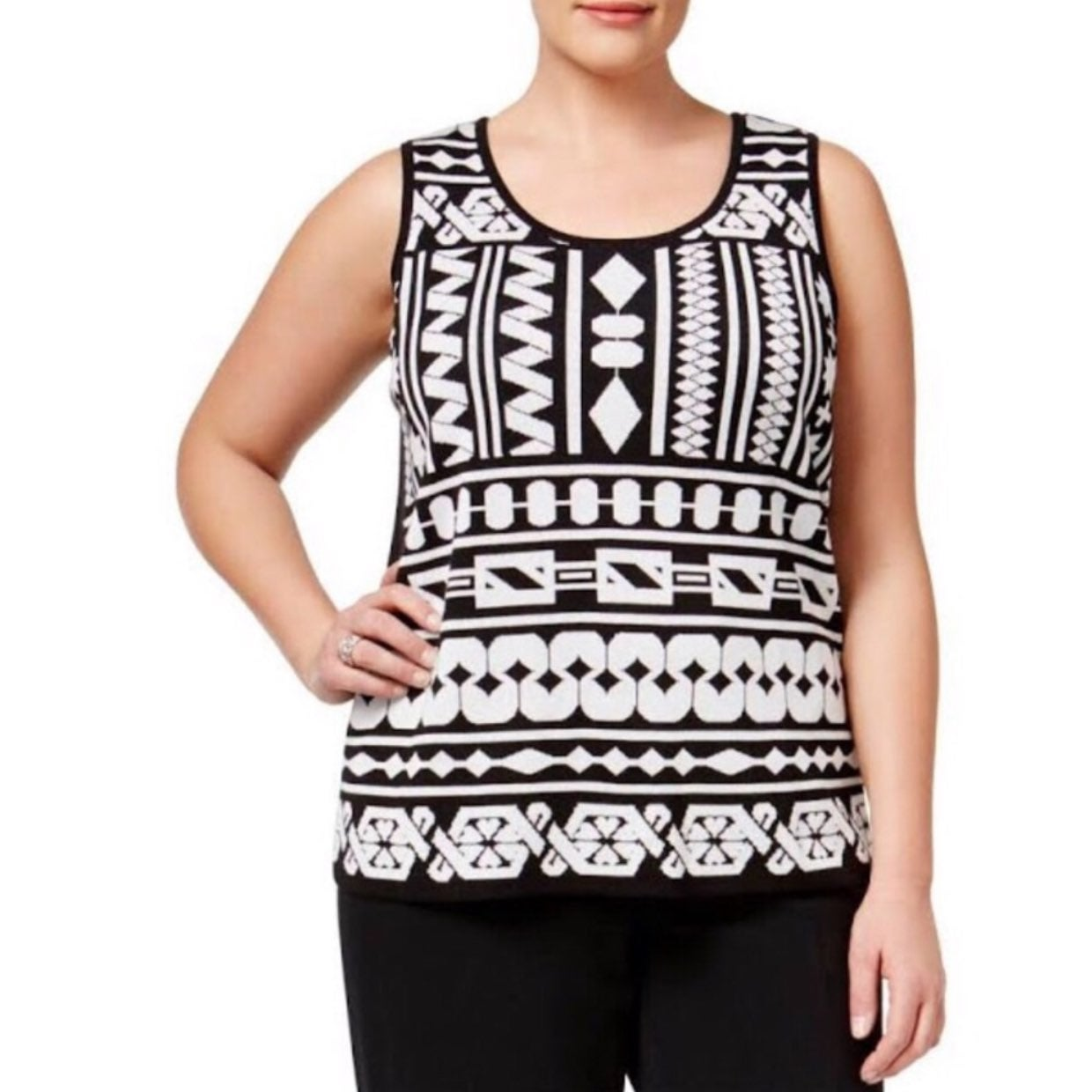 NWT Anne Klein Geometric Sleeveless Top