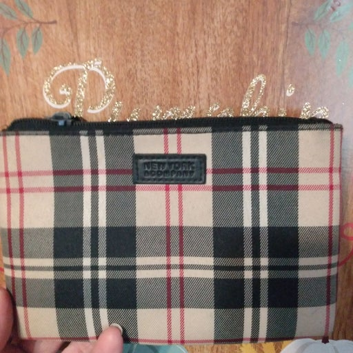 New York and company wallet plaid