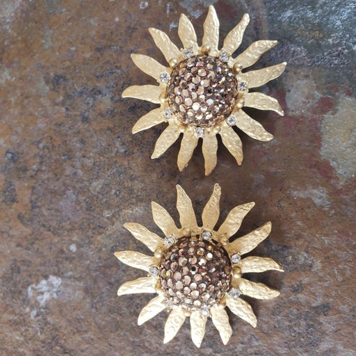 Vintage Craft clip earrings