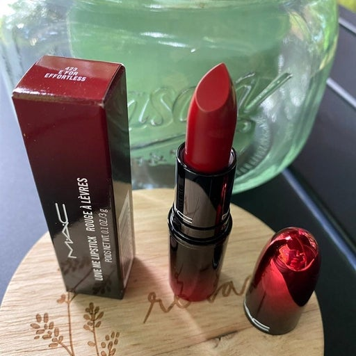 MAC Lipstick E is for Effortless