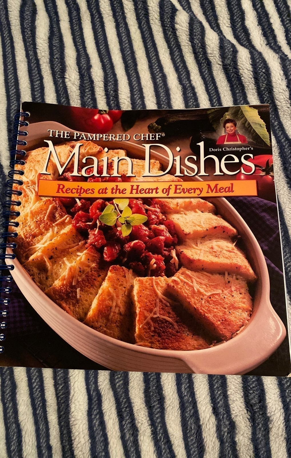 The Pampered Chef Main Dishes Cookbook