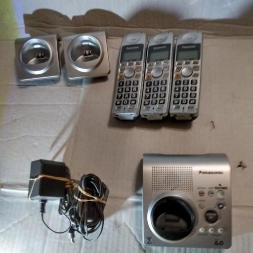 3 Panasonic KX-TG1031S Cordless Handsets with Answering Machine Tested