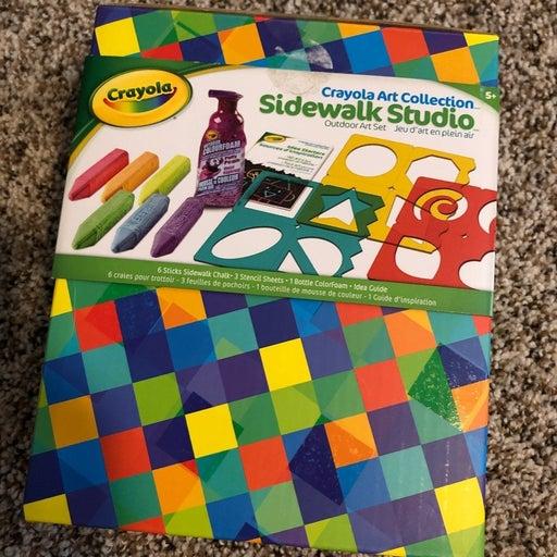 sidewalk chalk -stencil, chalk, & foam