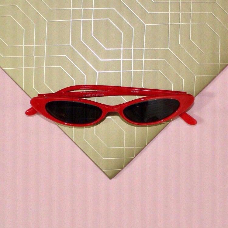 'Feline' Sunglasses In ROUGE