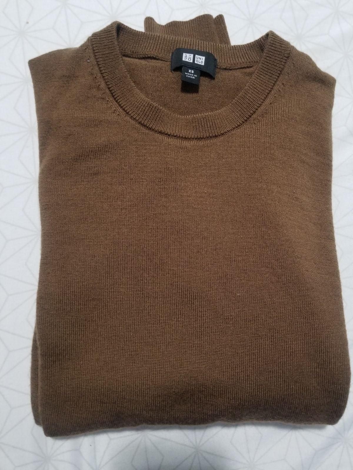 Uniqlo Wool Pullover Crewneck