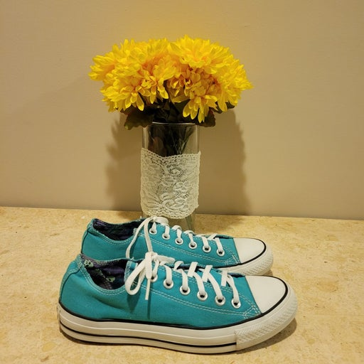Converse All Star Sneakers Women size 8