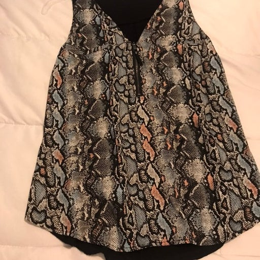 Snake print tank top blouse size M