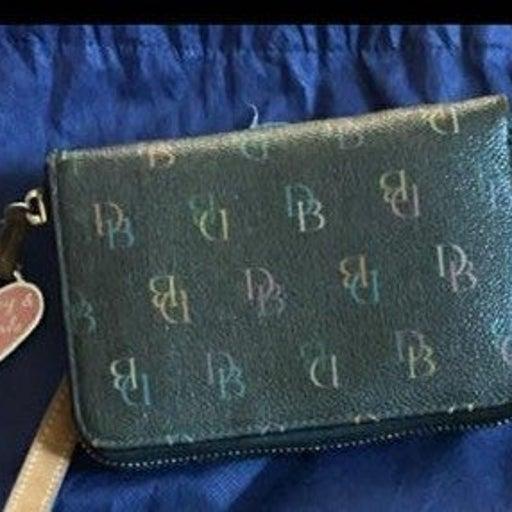 Dooney& Bourke Wallet