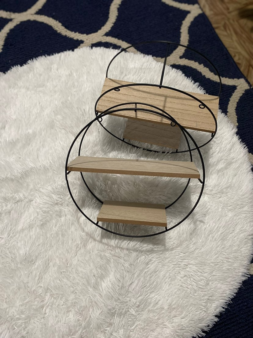 1 Circle Hanging Shelf