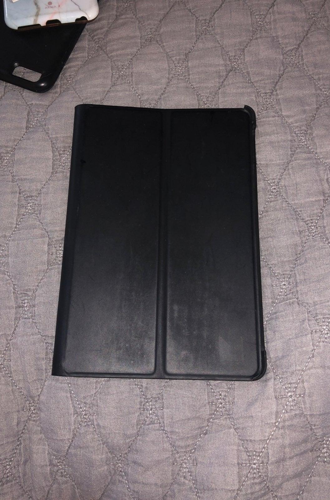 Reversible Grey/back iPad Mini 4 Case